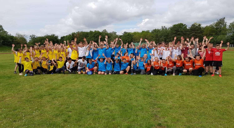 Schulliga: Frisbee und Volleyball