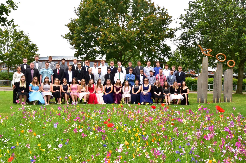 Abschlussklassen des Schuljahres 2018/2019 der Fintauschule