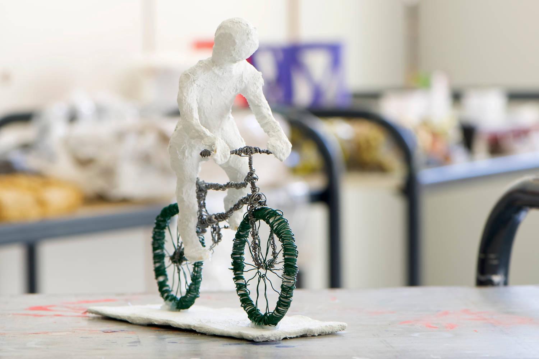 """Jonas Schulz - """"Der Fahrradfahrer"""""""